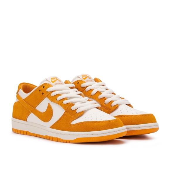 separation shoes 41f8c 20166 Nike SB Zoom Dunk Low Pro Circuit Orange White 12